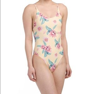 3462e09195cc7 Cikada yellow floral one piece swimsuit NWT US 10